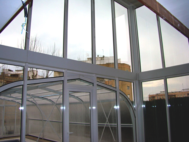 Acristalamiento cerramiento y cubierta piscina 6 aluinma carpinter a de aluminio en alicante - Piscina cubierta alicante ...