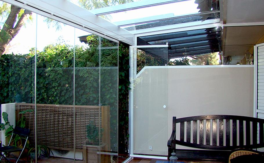 servicio aluinma cortina de cristal jardin